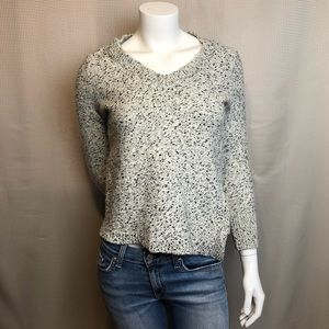 Banana Republic Angled Hem V-Neck Sweater Top